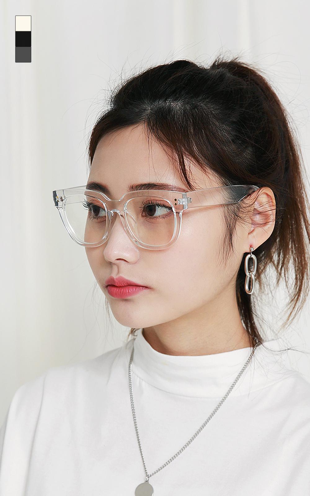 몬스터 뿔테 안경